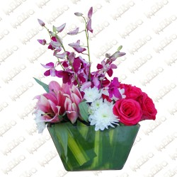 Mix purple flower arrangement