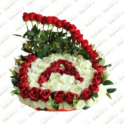 Personal alphabetic melody flower arrangement