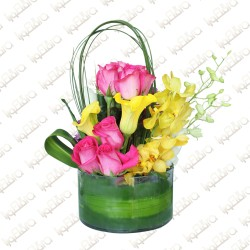 Brightly bloom flower arrangement